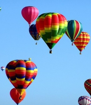 hot-air-balloons-439331_640