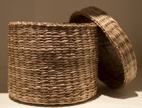 basket-with-lid-185464_640